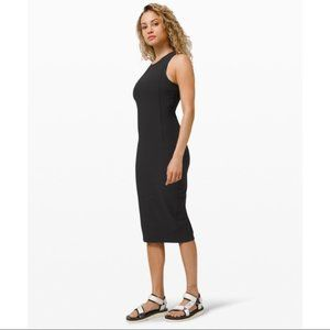Lululemon Brunch and Back Dress Black Size 2 NWT